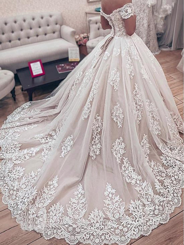 Floor-Length Court Short Sleeves Appliques Hall Wedding Dress