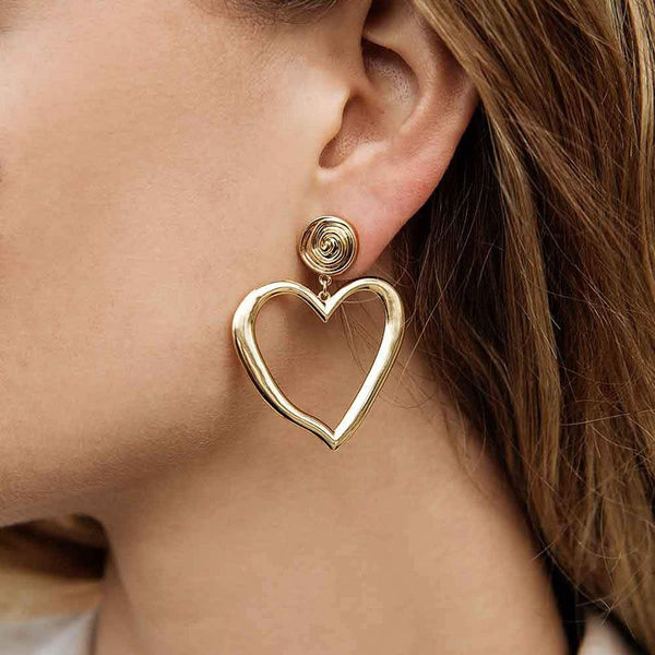 Alloy E-Plating Heart-Shaped Party Earrings