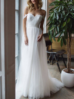 Floor-Length A-Line Appliques Sweep/Brush Beach Wedding Dress