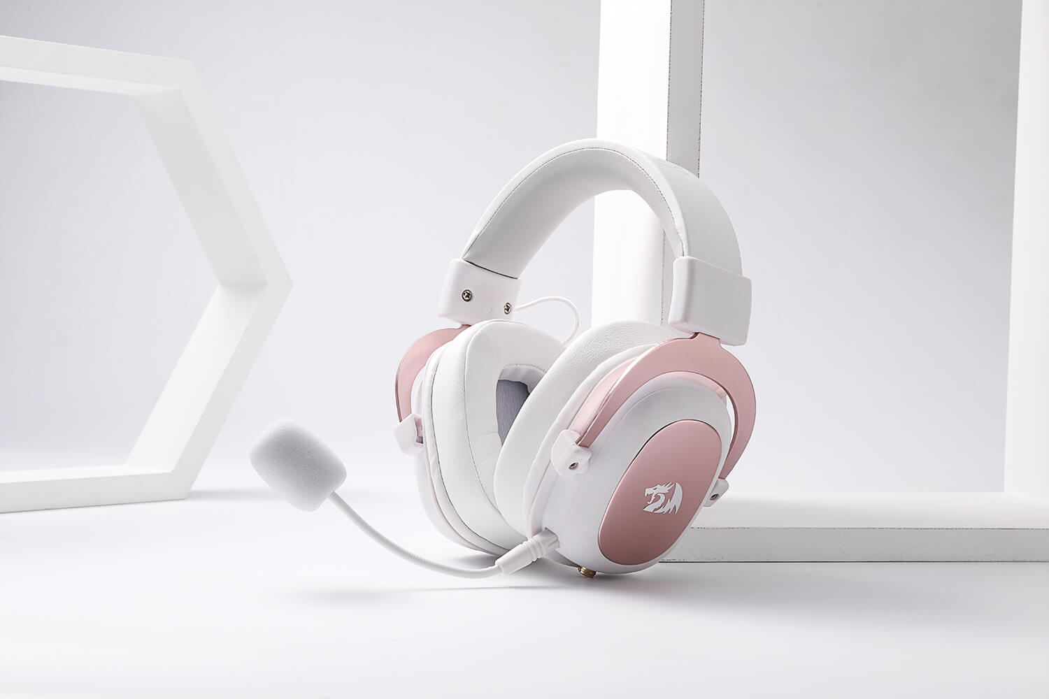 redragon white and pink gaming headset 1