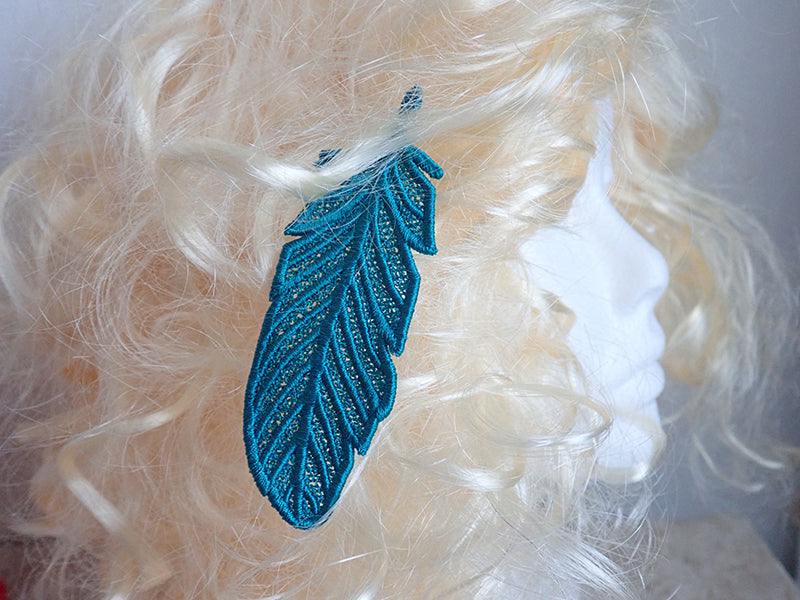Lace feather