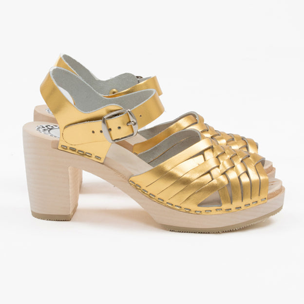 Gold braided sandal