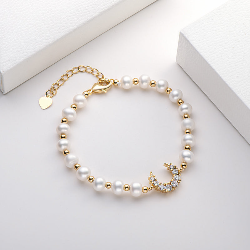 Moon Natural Cultured Freshwater Pearl Bracelet
