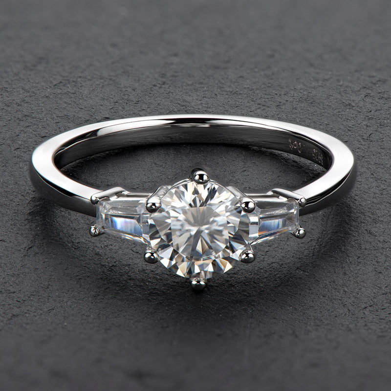 Classic Round Cut Moissanite Diamond Three Stone Ring