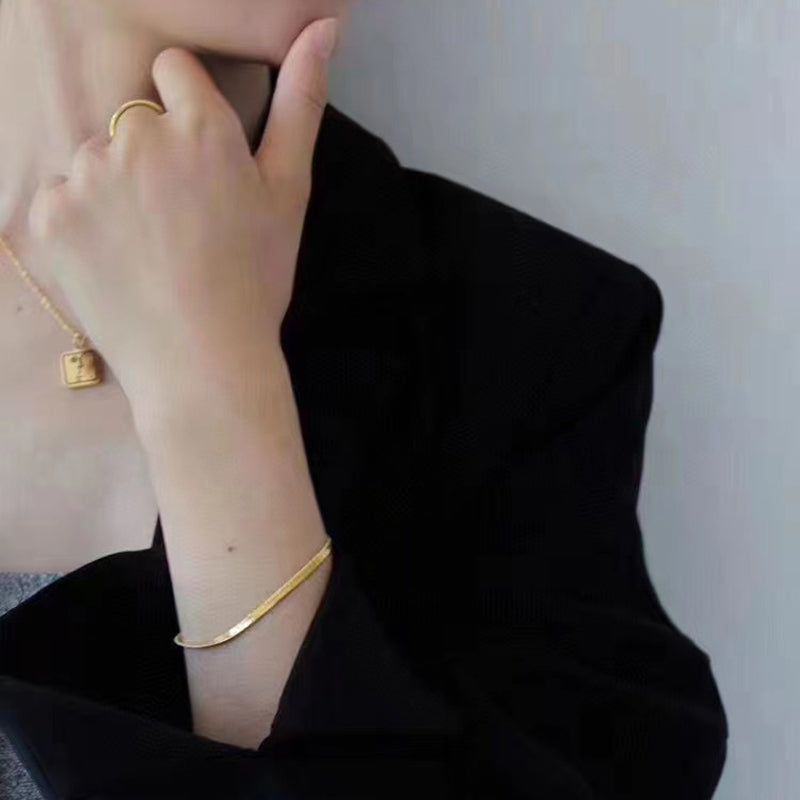 18K Gold Simple Flat Snake Chain Herringbone Bracelet