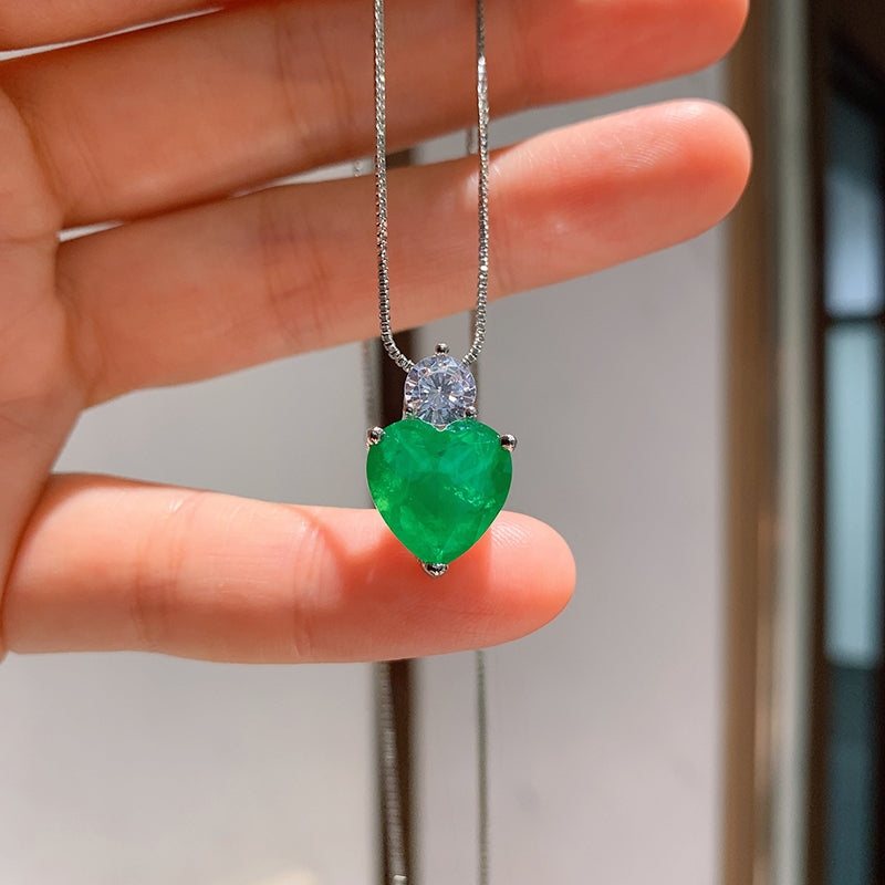 Heart-shaped Cut 12*12mm Lab Created Emerald Fashion Pendant Necklace