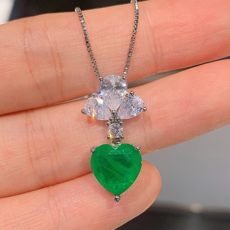 Heart-shaped Cut 9*9mm Lab Created Emerald Fashion Pendant Necklace