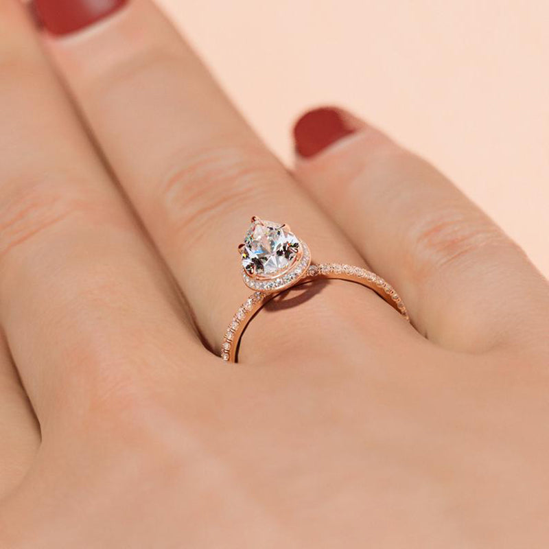 14K/18K Gold 1.5 Carat Pear Shaped Moissanite Diamond Halo Ring