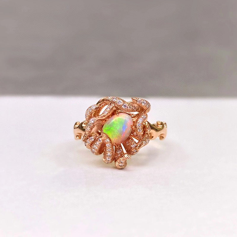 18K Gold Oval Cut 0.80ct Natural Opal Luxury Ring