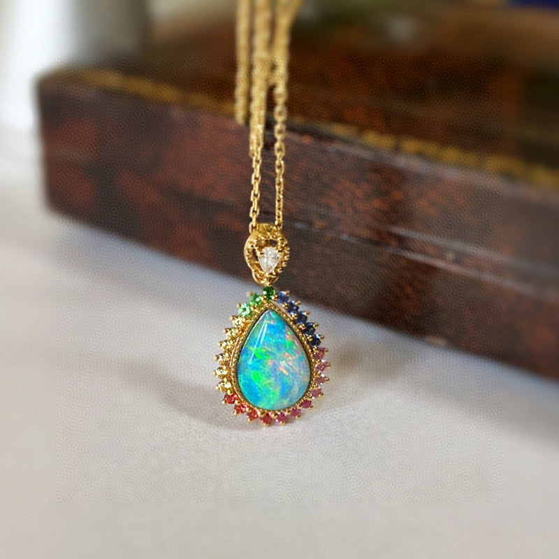 18K Gold Pear Cut 0.70ct Natural Opal Gemstone Halo Pendant Necklace 18""