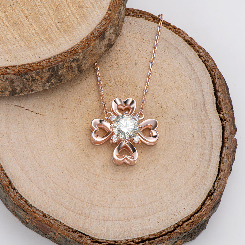 Rose Gold Clover Round Cut Moissanite Diamond Pendant Necklace