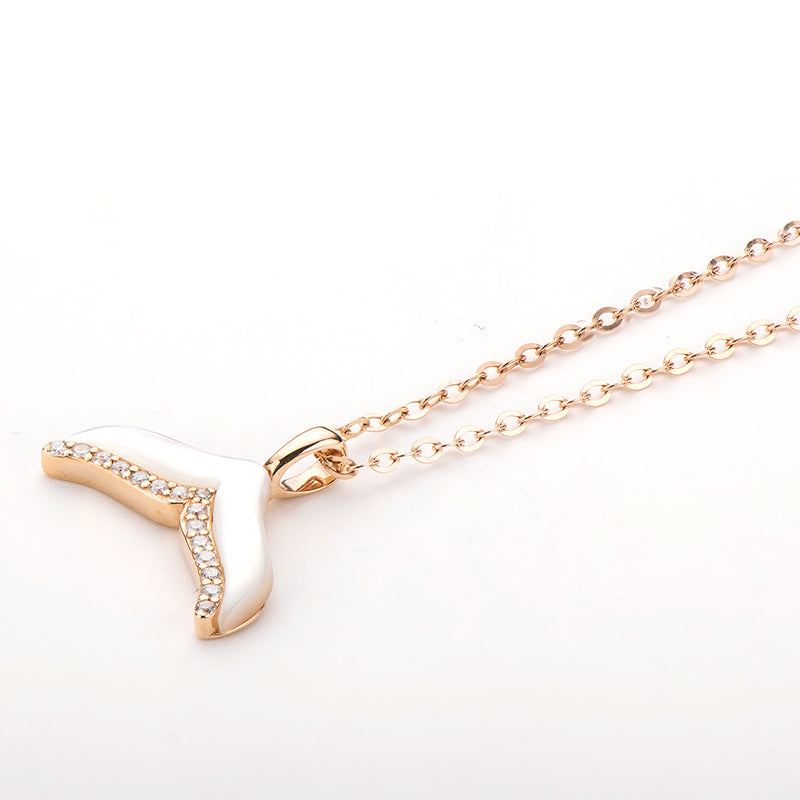 18K Rose Gold 0.043ct Natural Diamond Ocean Whale Tail Pendant Necklace