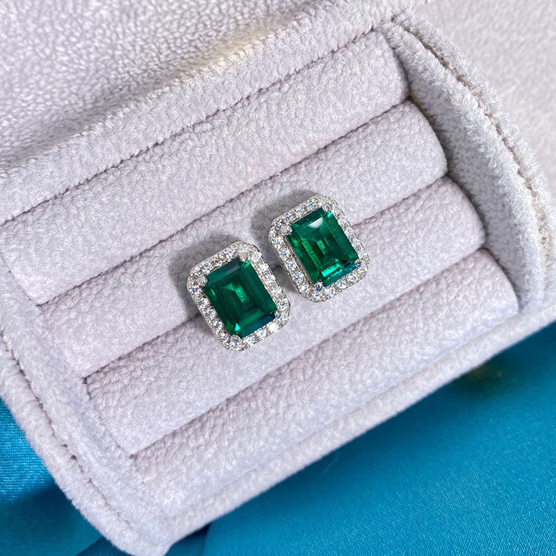 Gorgeous Sterling Sliver Green Created Sapphire Stud Earrings for Women