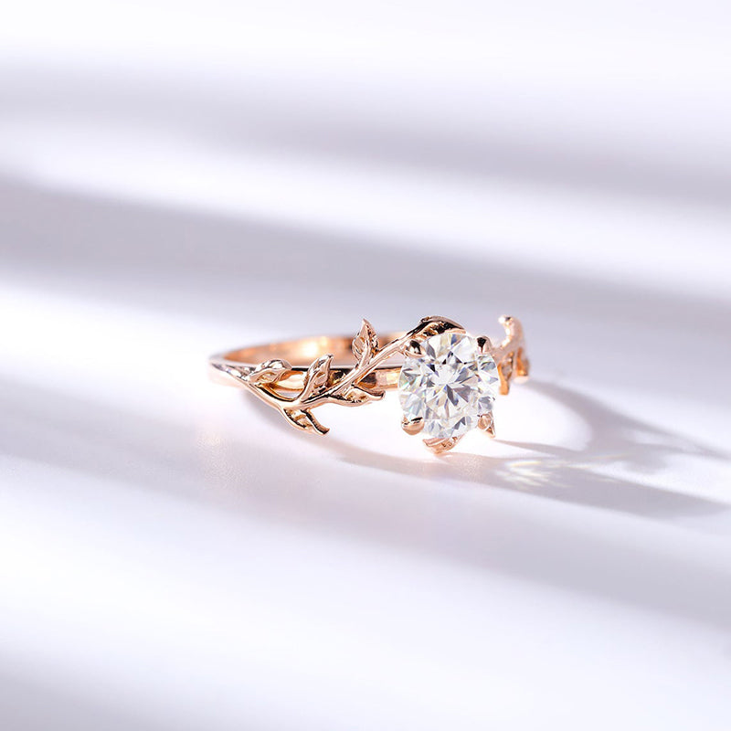 14K/18K Gold 0.8ct Round Moissanite Diamond Unique Ring