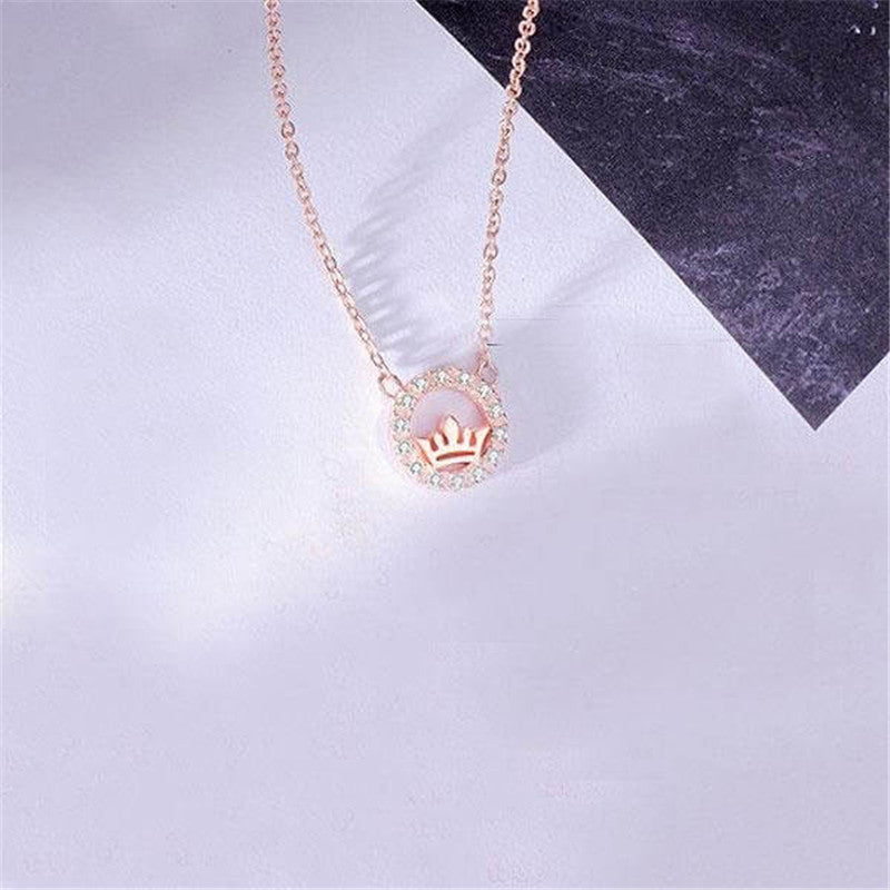 Simple Crown Design Round Rose Gold Pendant Necklace
