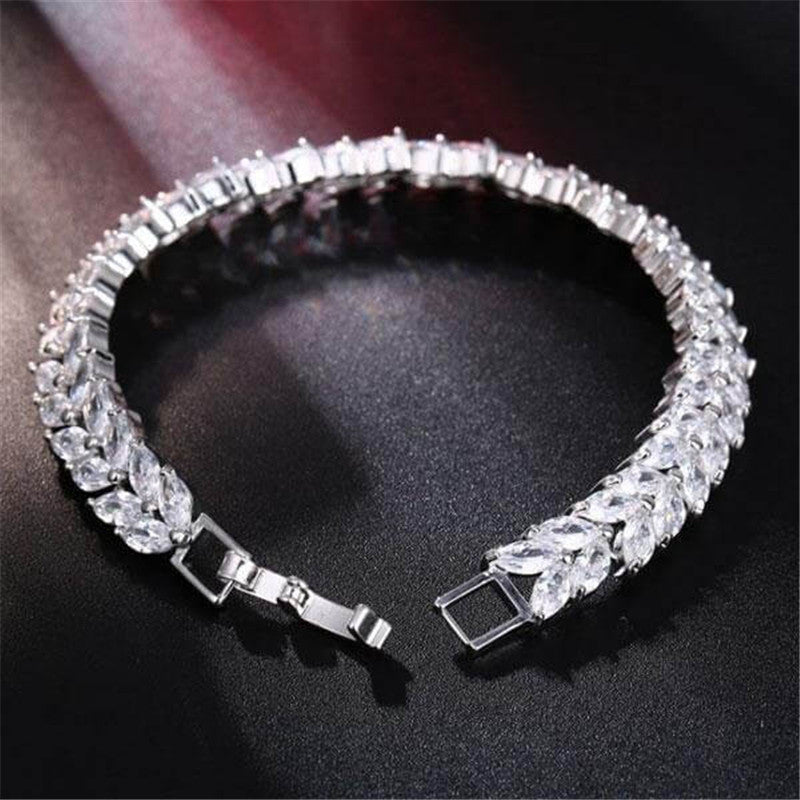 Wheat Design Created White Diamond Bracelet