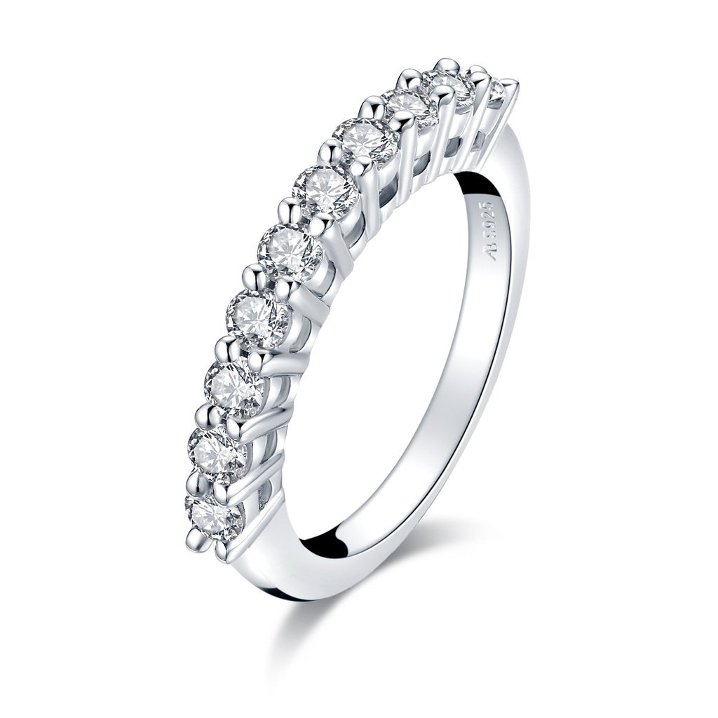 Classic Round Cut Moissanite Diamond Wedding Band