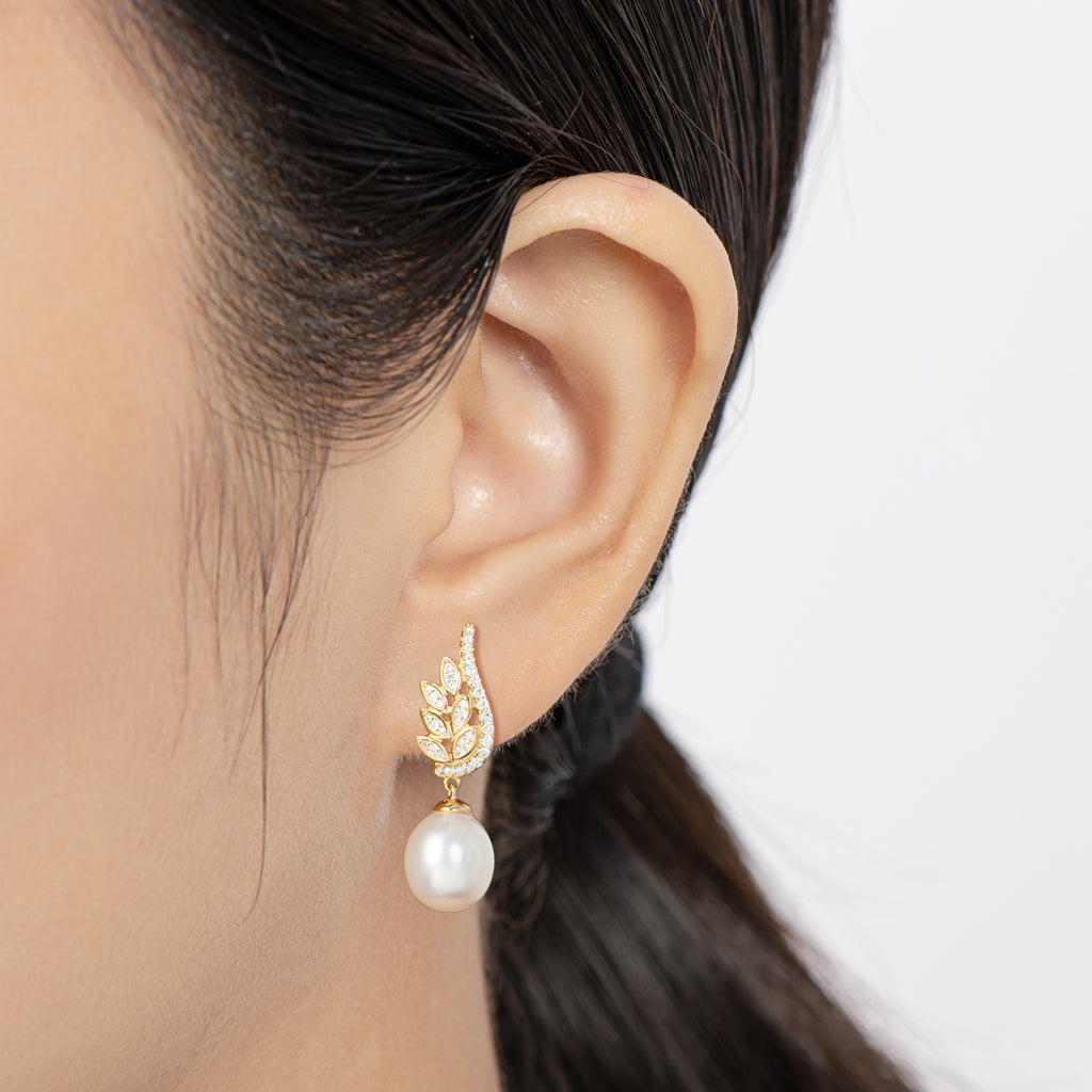 Luxury 9.5-10mm Freshwater Pearl Drop Stud Earrings