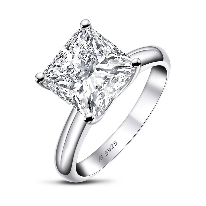Luxury Princess Cut Moissanite Diamond Solitaire Ring