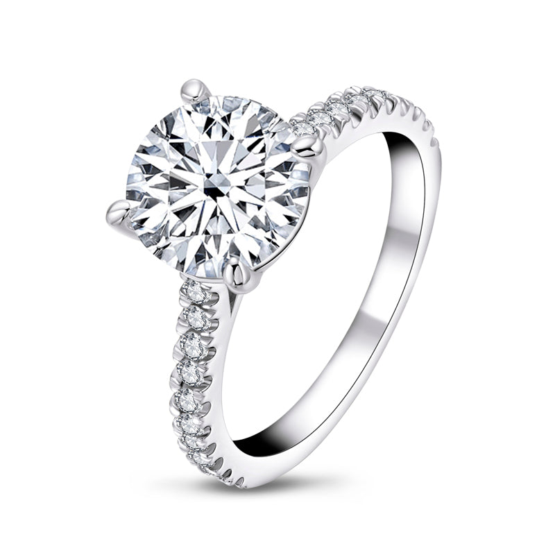 Brilliant Round Cut Moissanite Diamond Ring