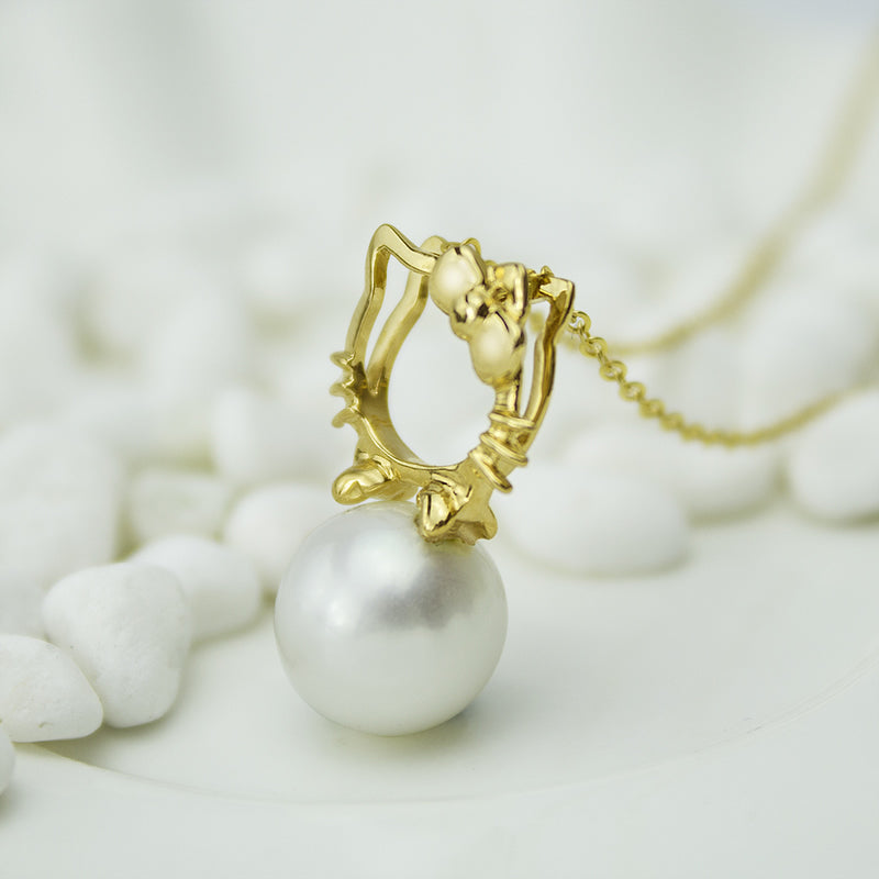 18K Gold Natural Cultured Freshwater Pearl Hello Kitty Pendant Women Necklace