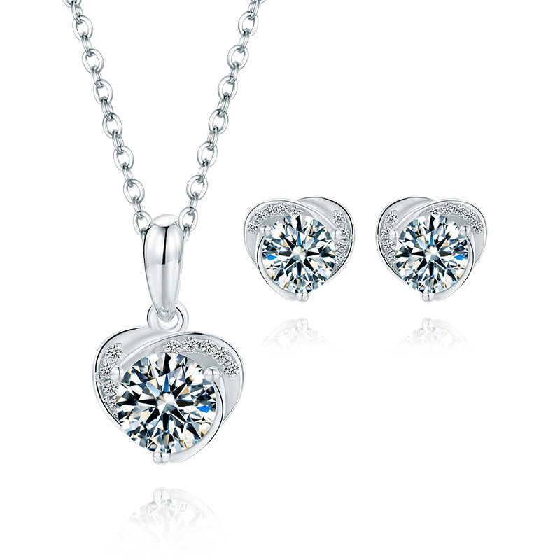 Brilliant Round Cut Moissanite Diamond Heart-shaped Stud Earrings Necklace Sets