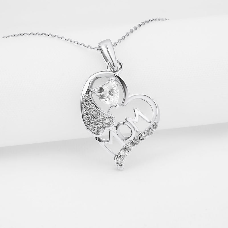 Mother's Day Gift Baby Mom Heart Love Pendant Necklace