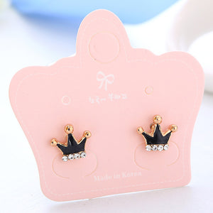 Fashion cute little Crown black or white Enamel clip on earrings for Kids Teen Girls Women non pierced ear
