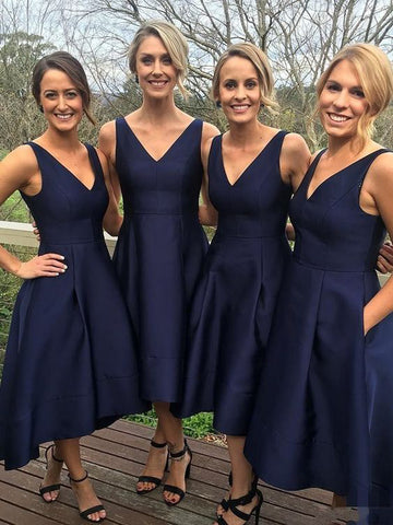 Simple Long Bridesmaid Dresses V-Neck Bridesmaid Dresses A-Line Bridesmaid Dresses with Pockets