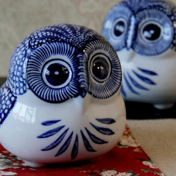 Ceramic Owl Decoration - Antique Lovers