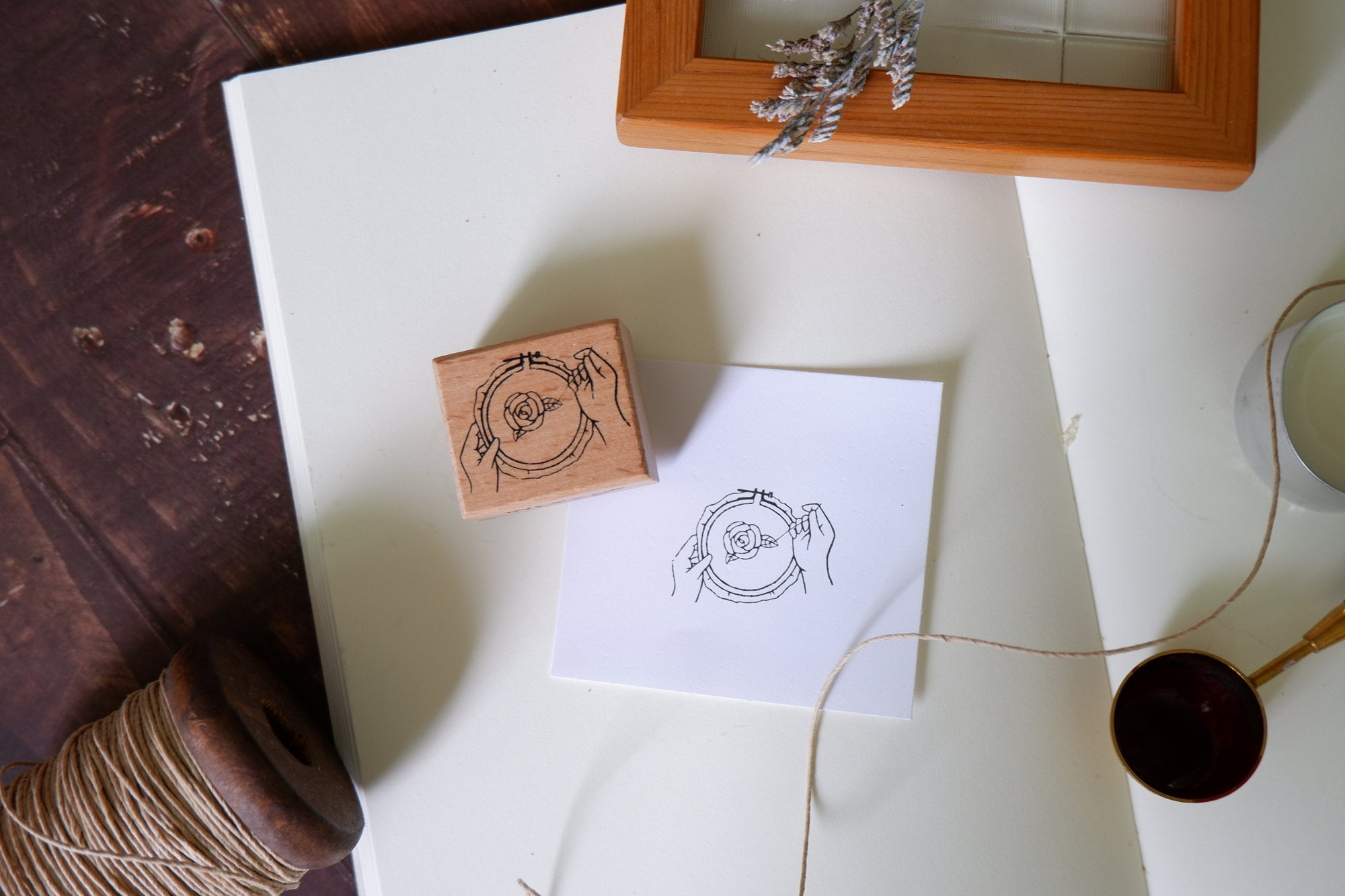 WLEKD Stationery Rubber Stamp - Embroidery