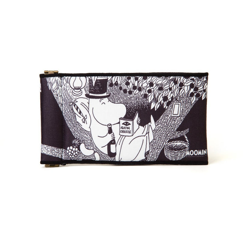 Soft accessories pouch Moominpappa Reading - .