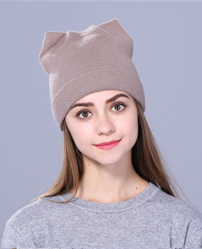Cute kitty Knitted beanie