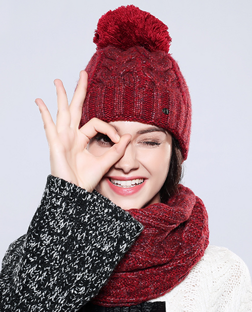 Classic Winter Hat And Scarf Set