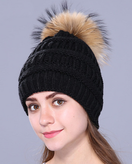 Real fox fur pompom beanie
