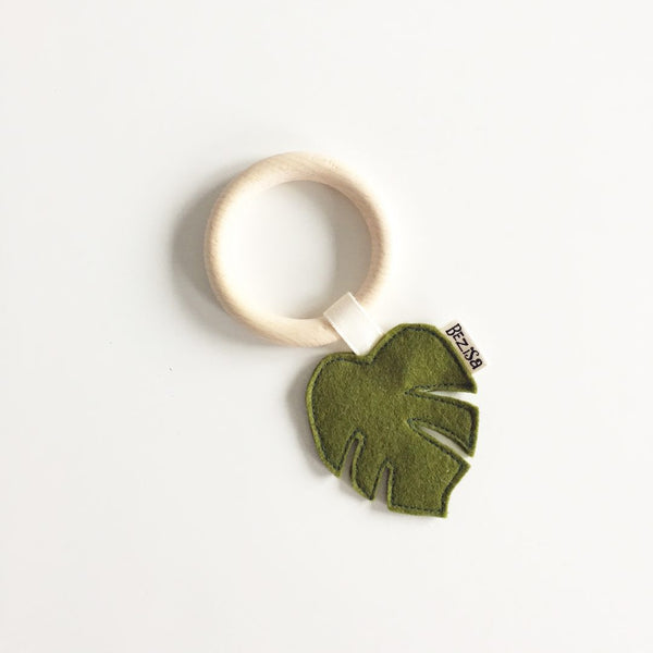 Bezisa Wooden Teether - Leaves