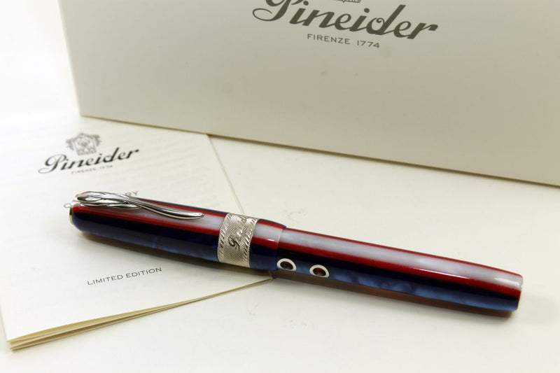 Tintenroller Pineider Queen Mary Limited Edition 888