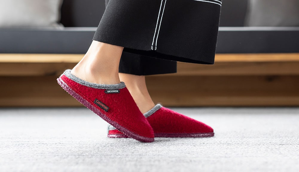 keep it easy in slip on slippers