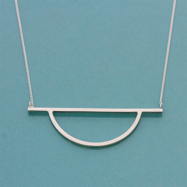 Closed Arch Necklace