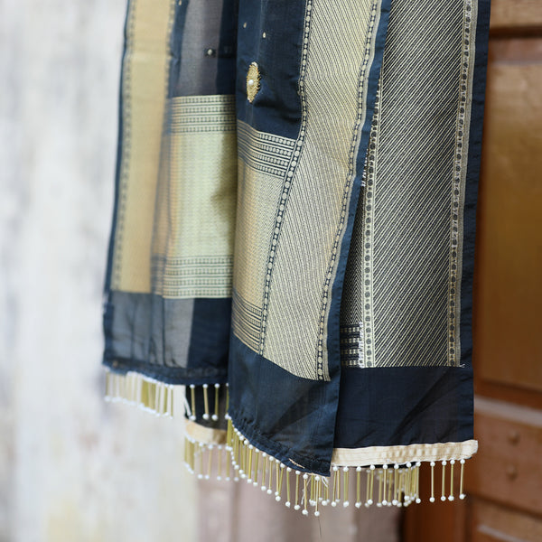 Black & Gold Banarasi Dupatta With Handwork - shoonya banaras