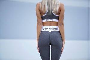 Vincere Signature - Graphite Sports Bra