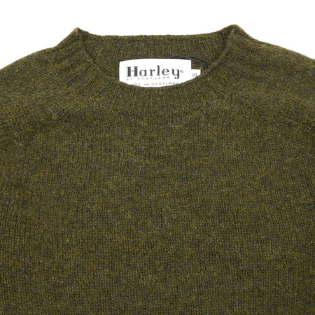 Harley Crew-Neck Supersoft Shetland Jumper in Pine Shadow