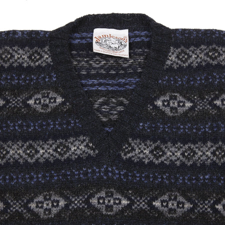 Jamieson's V-neck Fair Isle Slipover in Navy