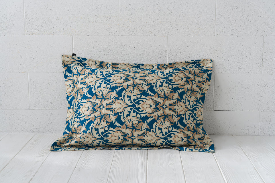 "Pillow cover ""Damask Gold"""