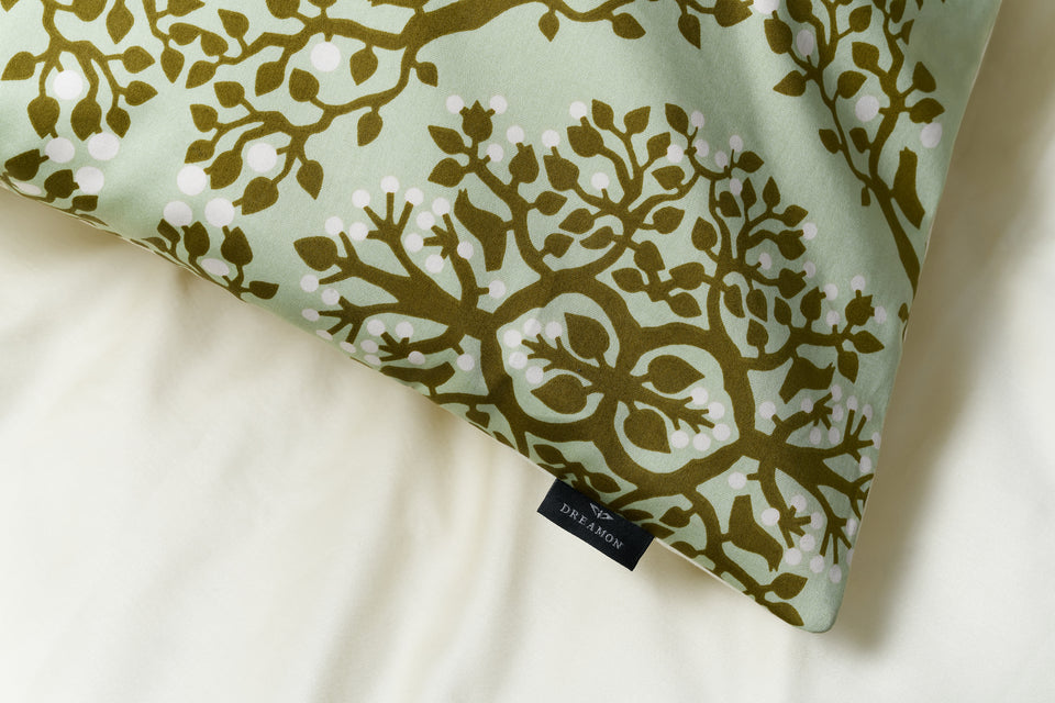 "Duplex Bedding Set ""Berries Of Harmony Pistachio Green/ Yellow"" + bedsheet"