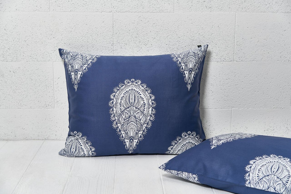 "Pillow cover ""Mandala Of Drops White"""