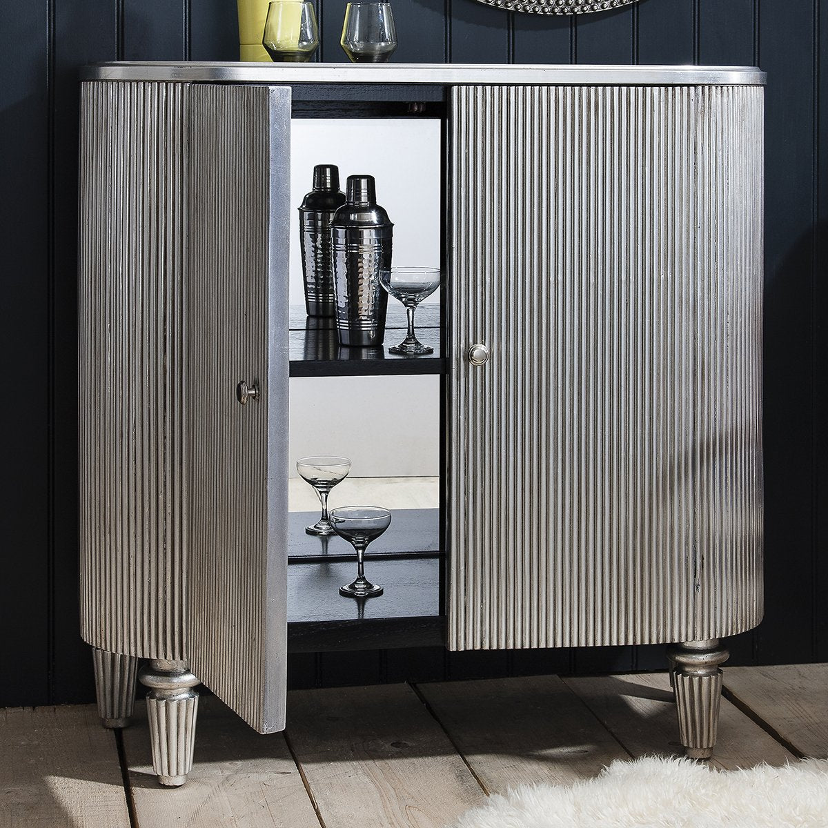 Hudson Living Jeeves Drinks Cabinet Silver