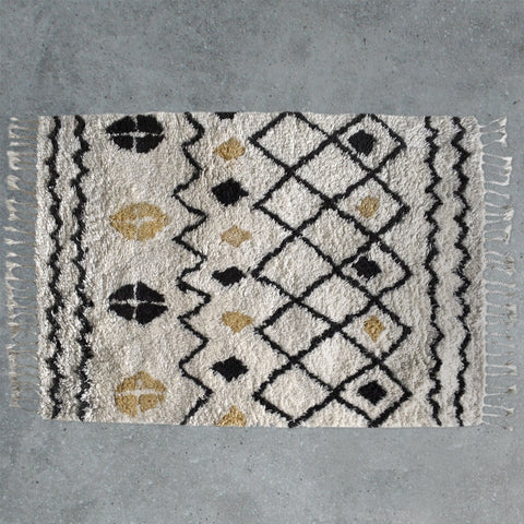 Gallery Navaho Patterned Rug in Cream