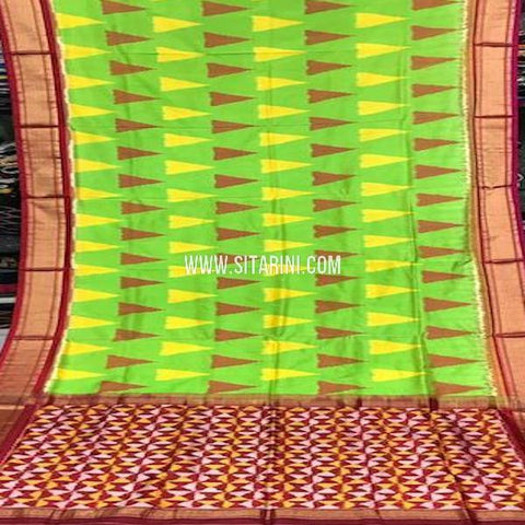 Ikat Pattu Saree-Green-Sitarini-SITIPS766