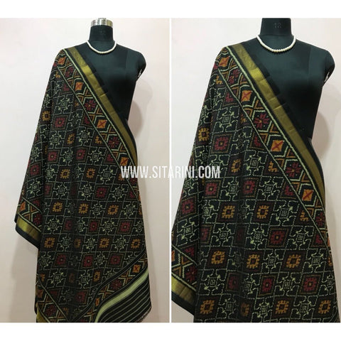 Patola Dupatta-Single Ikkat-Silk-Black-Sitarini-SITPAD103